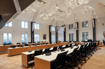 Heuvelman - Nieuwe techniek in monumentale raadzaal Stichtse Vecht